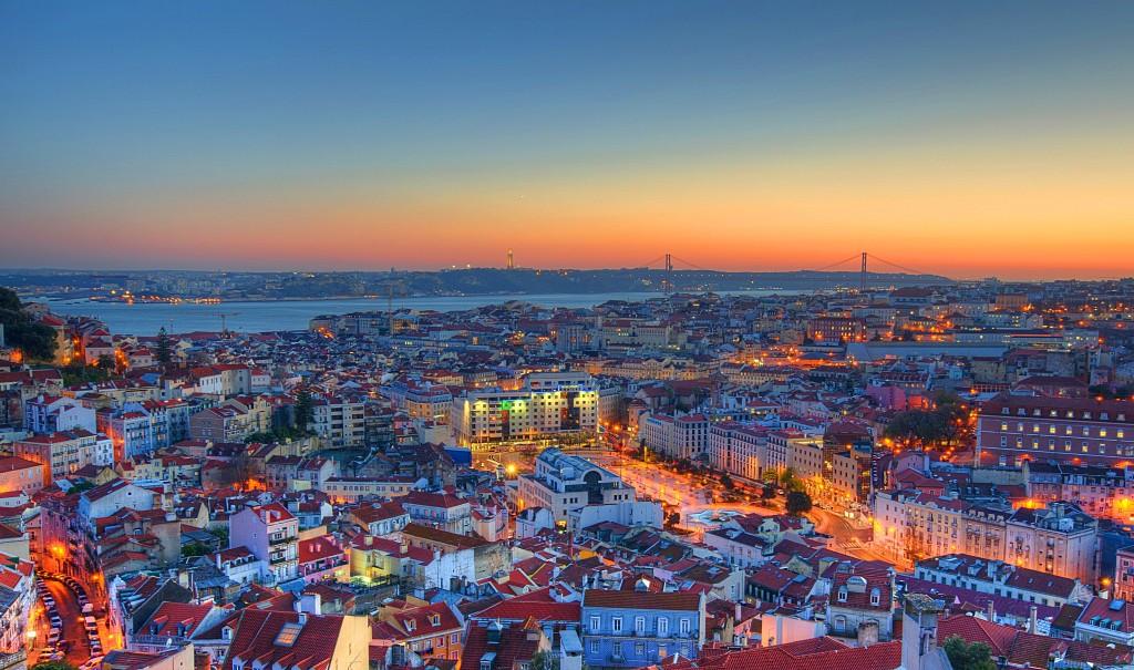 5 sítios para um beijo apaixonado em Lisboa