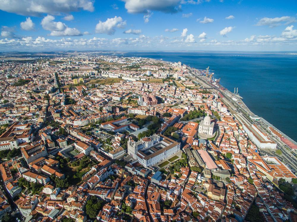 Aerial-View-old-town-of-Lisbon-city