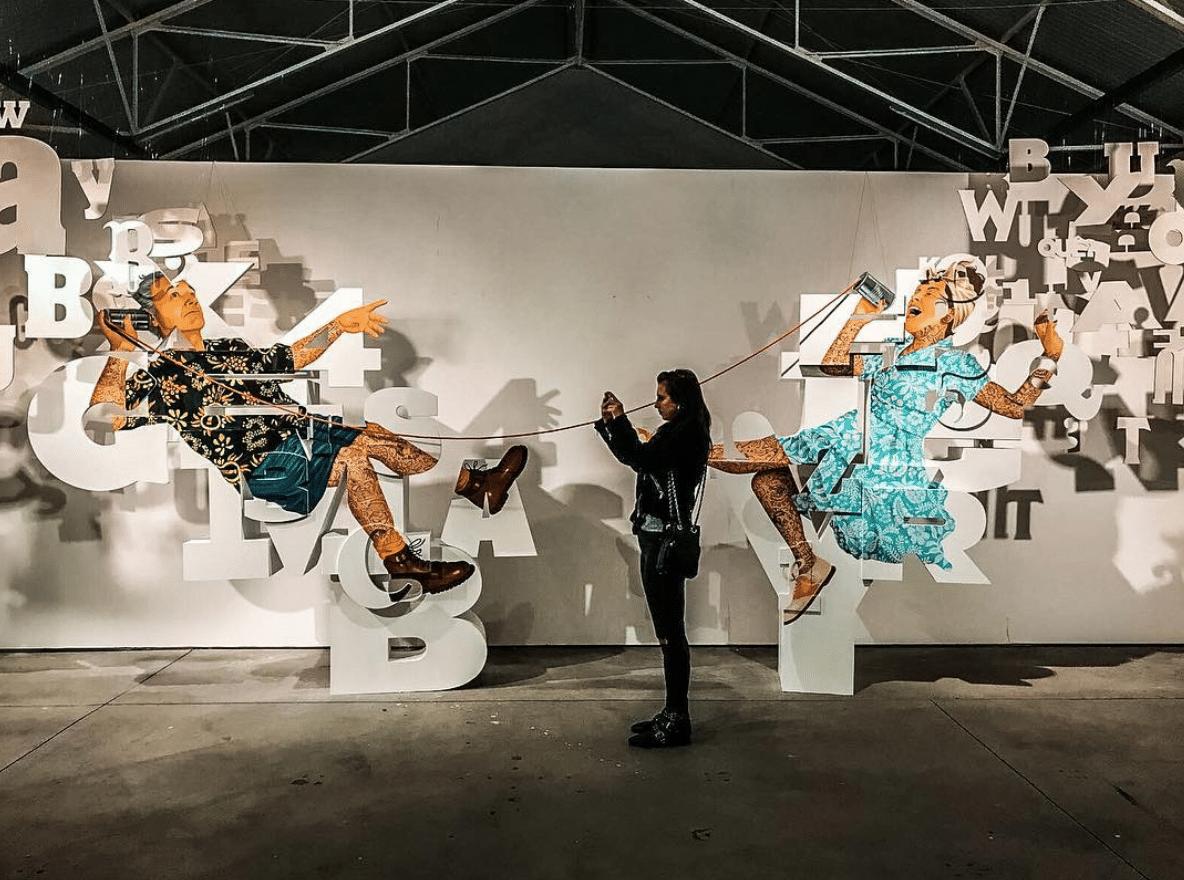 Underdogs, a street art também cabe dentro de uma galeria
