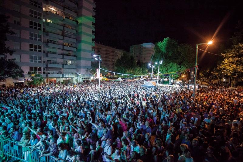 O Grande Arraial de Benfica tem concertos grátis, tasquinhas e bailaricos