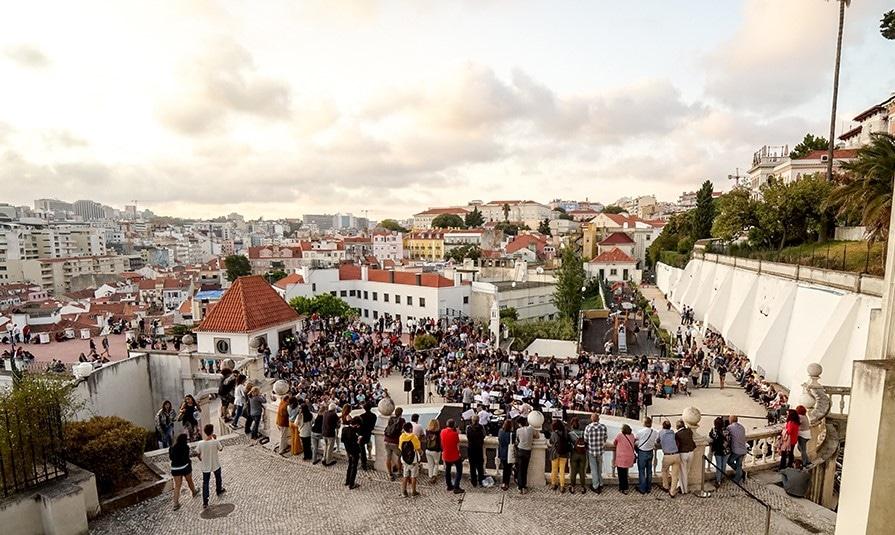 Lisboa na Rua leva cinema ao zoo, música aos jardins e magia ao virar da esquina. Tudo grátis!