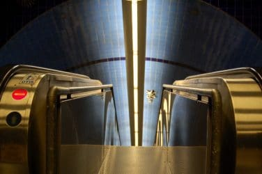 escadas rolantes da estação de metro de lisboa