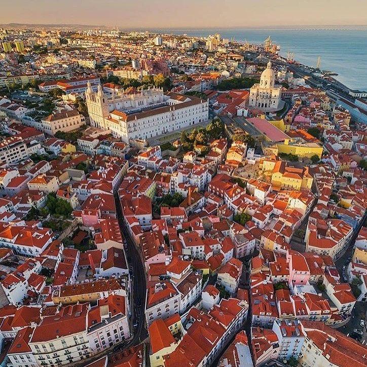 Ziguezague das ruas de Lisboa vistos de cima
