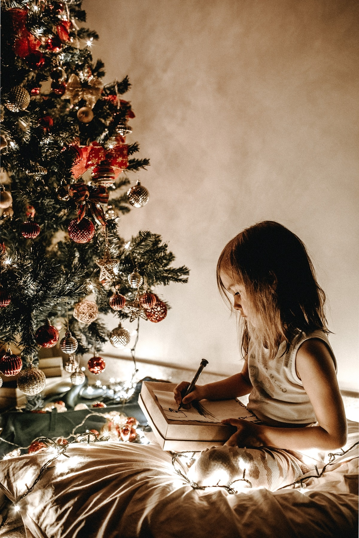 criança escreve carta ao pai natal