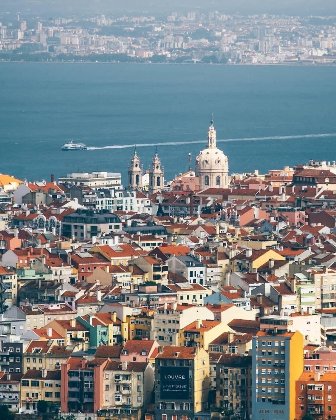 Casario de Lisboa visto de cima