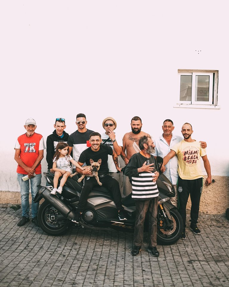 grupo de residentes e moradores na LisbonWeek na Ajuda