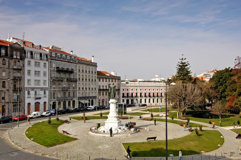 Ruas partilhadas por Lisboa e Porto