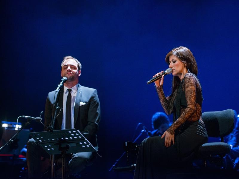 Festival Eu Fico Em Casa: 78 concertos de artistas nacionais para aplaudir do sofá