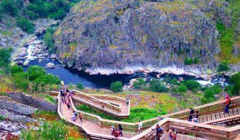 5 dos mais bonitos passadiços do país ficam no Norte de Portugal